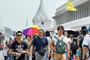 Giữa dịch Covid-19, Thái Lan mở cửa đón khách Trung Quốc trở lại