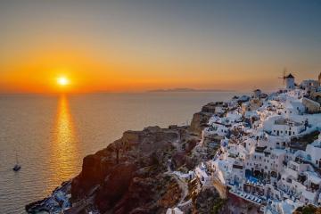 Sức hấp dẫn của quần đảo Cyclades Hy Lạp - ánh sáng từ thiên đường của biển cả