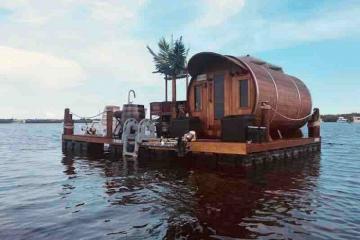 Mùa Covid-19 đặt ngay khách sạn nổi bồng bềnh trên mặt nước cách ly cả thế giới