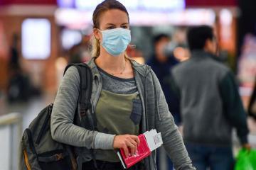 Người nước ngoài được phép gia hạn thị thực ở lại Việt Nam trong mùa dịch Covid-19