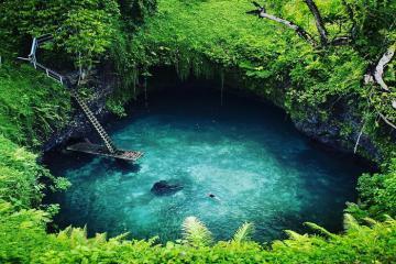 Hồ bơi tự nhiên đẹp nhất thế giới, ít người biết nhưng đã đến là nhớ thương cả đời