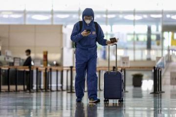 Hồng Kông áp dụng lệnh cấm nhập cảnh với du khách quốc tế