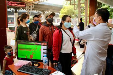 Việt Nam cách ly toàn xã hội 15 ngày, tạm đóng cửa khẩu ở biên giới Tây Nam