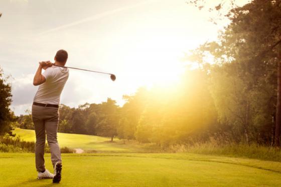 Các sân golf dùng chiến thuật không đụng chạm để vượt qua bão Covid-19