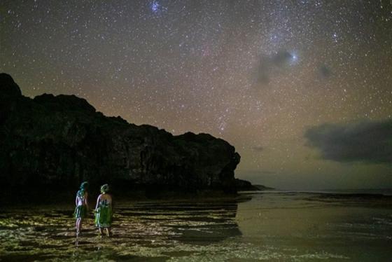 Đến với quốc gia bầu trời đêm để 'tắm' trong dòng sông sao không vướng bụi trần