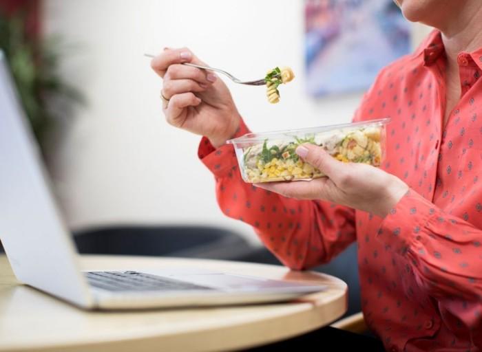 Những thói quen xấu hàng ngày làm tăng cân