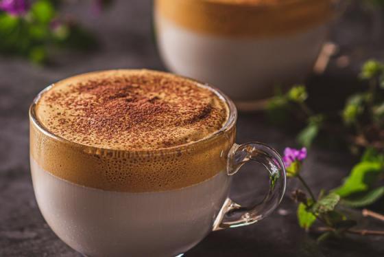 Ở nhà không ngán với cà phê bọt biển thần thánh Dalgona hương vị Việt
