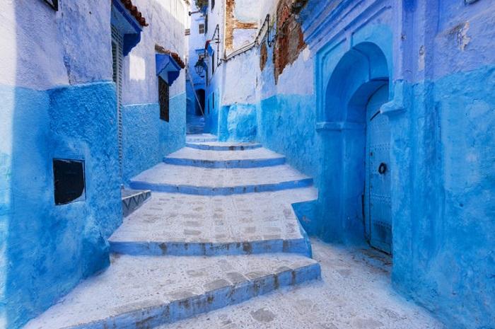 Thị trấn xanh dương Chefchaouen cũng có mặt trong các thị trấn bình yên nhất thế giới