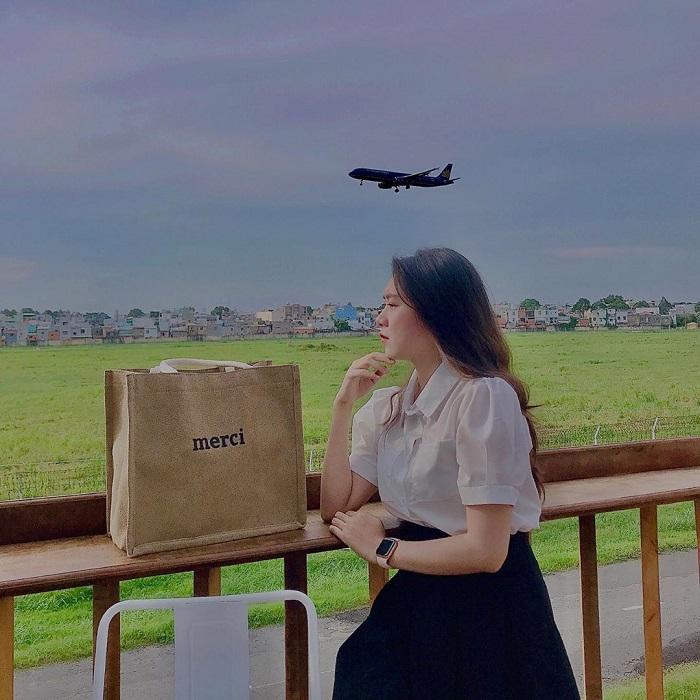 cà phê view sân bay