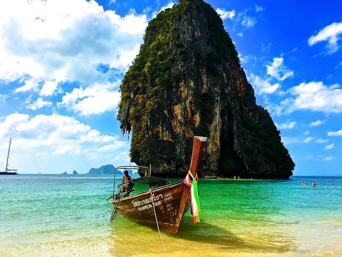 Đi tìm bản ballad mùa hè nơi bãi biển đẹp nhất thế giới