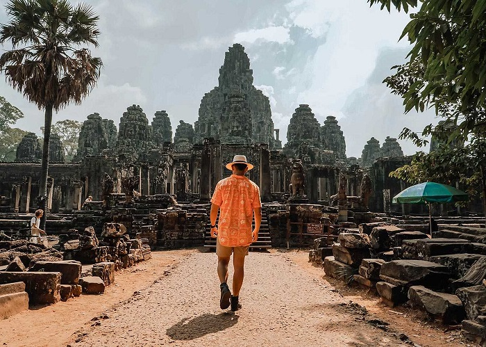 'Nghệ thuật' tránh đám đông ở Angkor để 'thưởng thức không gian riêng' đúng nghĩa