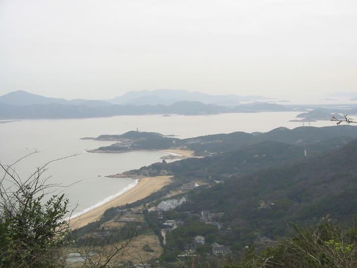 """Ngọn núi này chính là """"đất thánh"""" của những tín đồ Phật giáo"""