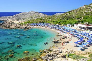 Tháng 8 ta có hẹn với những bãi biển tuyệt đẹp ở Hy Lạp