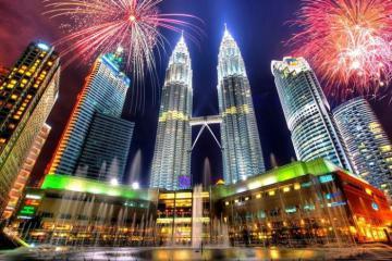 Ưu đãi 3 triệu đồng chùm tour Singapore – Malaysia – Indonesia