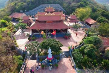 Tham quan Chùa Vân Sơn Tự - ngôi chùa duy nhất ở Côn Đảo