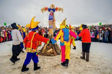 Hòa mình vào những lễ hội truyền thống ở Nga