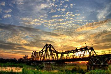 Sông Hồng thuộc 8 tour du lịch đường sông đáng trải nghiệm nhất thế giới