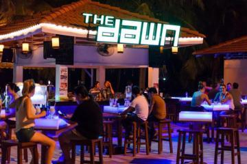 Quẩy hết mình tại The Dawn Bar Da Nang