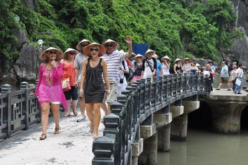 Việt Nam lọt top quốc gia tăng trưởng du lịch nhanh nhất thế giới