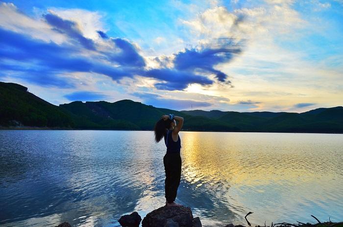 Khe Ngang Lake Hue