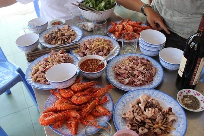 Tips seafood eating addresses in Vung Tau are both delicious and cheap