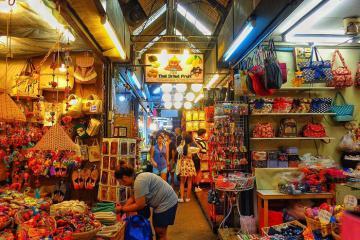 Chợ Chatuchak Bangkok - thiên đường mua sắm giá rẻ ở Thái Lan
