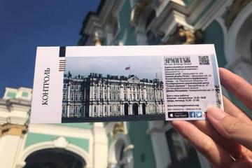 Khám phá Saint Petersburg cùng đoàn du khách Việt