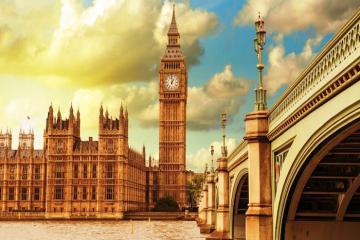 Vẻ đẹp cuốn hút đối nghịch của nước Anh qua hai thành phố nổi tiếng nhất