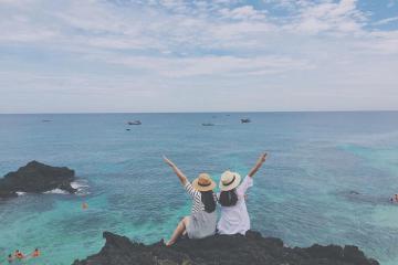 Chiêm ngưỡng vẻ đẹp lung linh của bãi biển Nhật Lệ khi đến với Quảng Bình