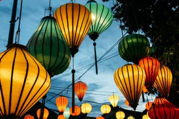 Nức lòng nghề làm đèn lồng ở phố cổ Hội An
