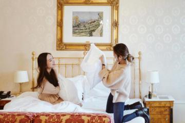 Bạn có biết những đồ dùng và dịch vụ được sử dụng miễn phí trong khách sạn?