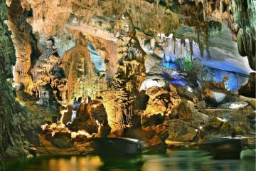 Chia sẻ kinh nghiệm du lịch Quảng Bình cho chuyến đi dễ dàng hơn