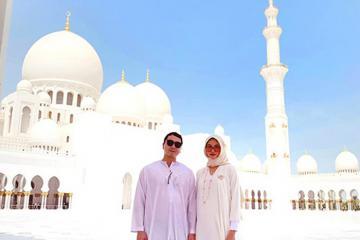 Lan Khuê cùng chồng du lịch UAE