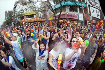 Top 8 địa điểm ăn chơi miễn phí tại Seoul mộng mơ