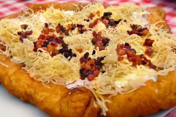 Những món ăn Hungary truyền thống mà du khách không thể bỏ qua