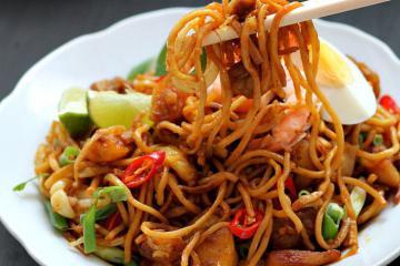 9 món ăn đường phố Malaysia ngon nhất