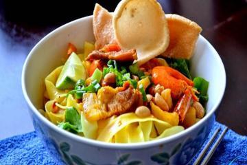 Gợi ý những địa chỉ ăn đặc sản Đà Nẵng nức tiếng gần xa