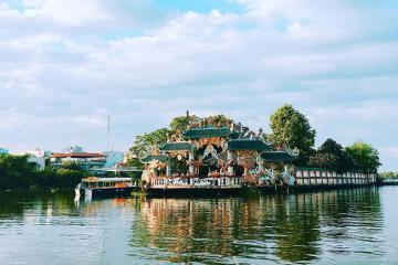 Giải mã Miếu Nổi cổ kính 300 tuổi trên sông Sài Gòn