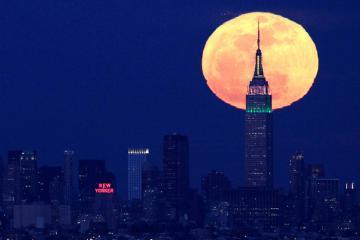 Ngắm trăng Trung thu tại những địa điểm nổi tiếng trên thế giới