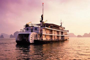 Du lịch sang chảnh - Nghỉ dưỡng trên du thuyền với giá chỉ từ 2.250.000 VNĐ