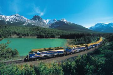 Ngao du khắp thế giới với 5 chuyến tàu có lộ trình đẹp như mơ