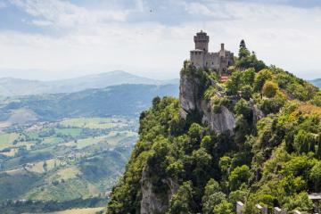 Khám phá 'đất nước tí hon' San Marino