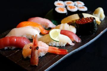 Quán sushi ở Nhật giá 500 USD/người được các hoa hậu, người đẹp yêu thích