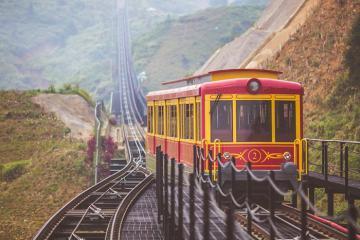 Du lịch Sapa bằng tàu hỏa leo núi, bạn đã thử chưa?