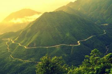 Thanh xuân một lần nên chinh phục tứ đại đỉnh đèo Việt Nam