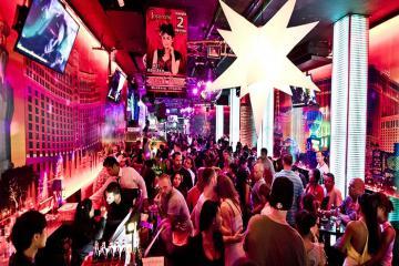Vì sao không nên rung chuông trong quán bar ở Pattaya?