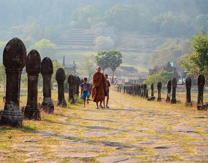 Du lịch ở ngôi đền Wat Phou