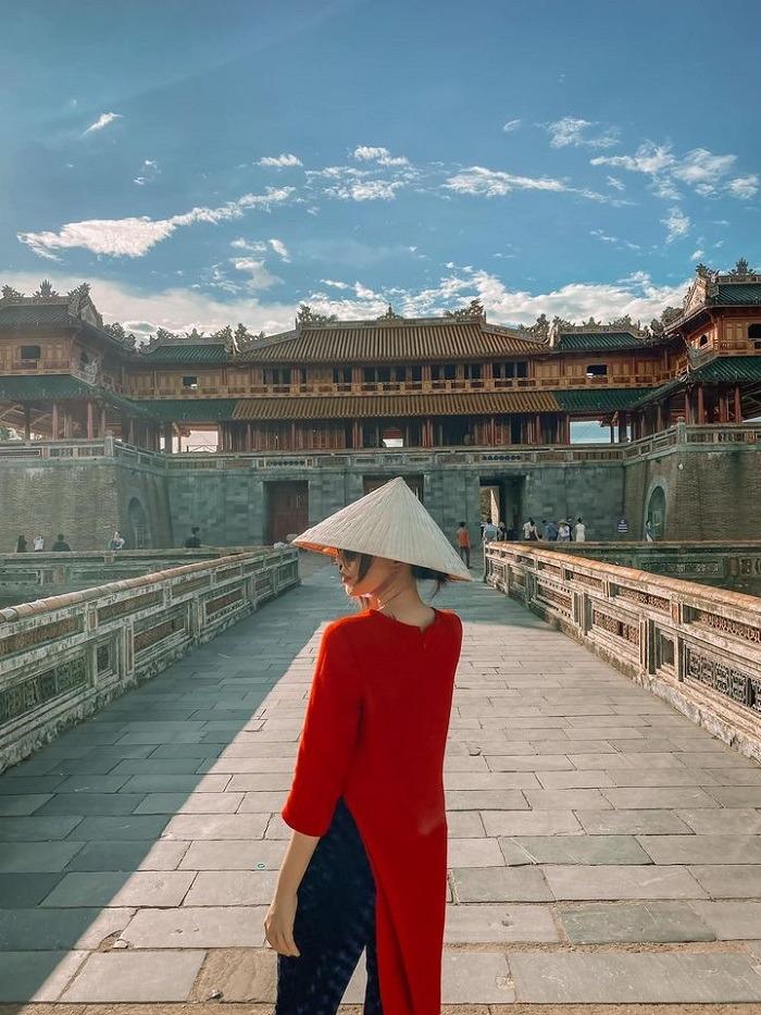 nữ diễn viên Băng Di - du lịch Huế