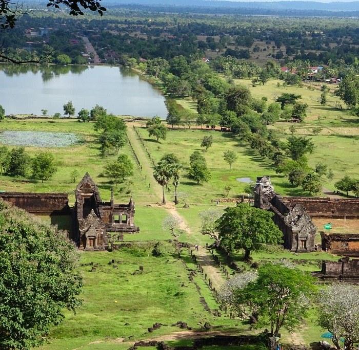 toàn cảnh đền Wat Phou