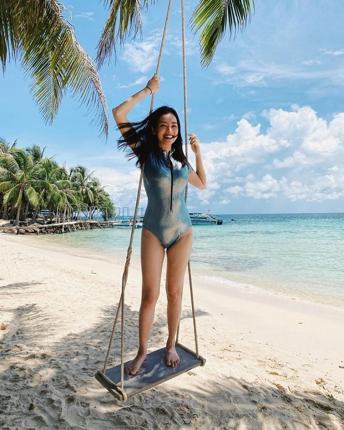 Trúc Diễm du lịch Phú Quốc diện bikini nóng bỏng